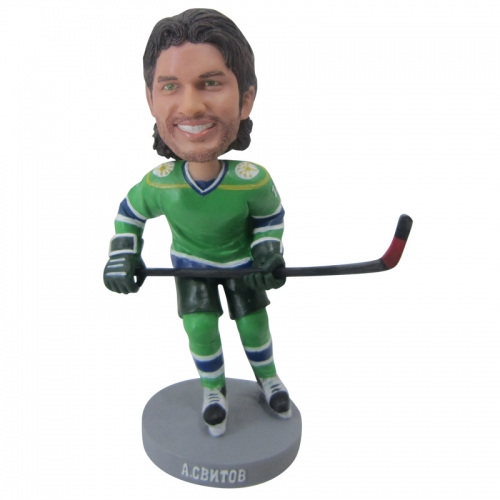 ice hockey player bobble head