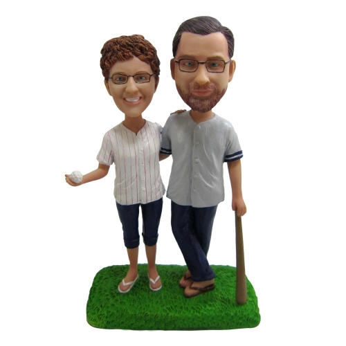 baseball couple bobble head