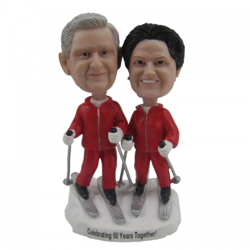 skiing cake topper